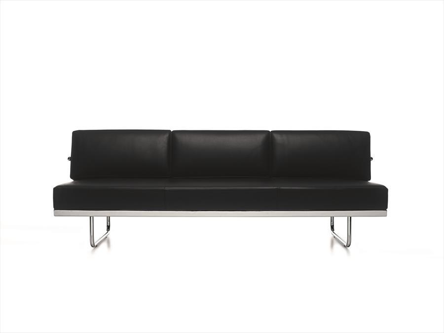 Fondation le corbusier furniture - Villa maribyrnong par grant maggs architects ...